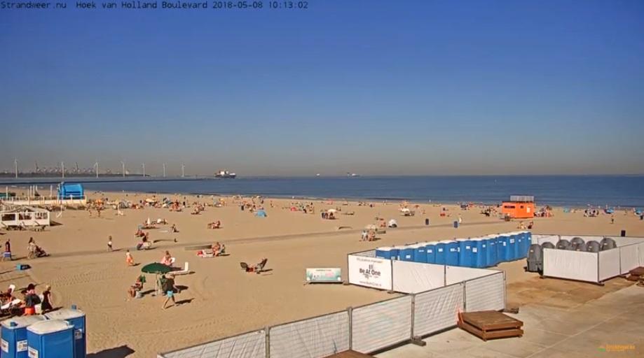 Voorbereidingen voor opening strandseizoen in Hoek van Holland
