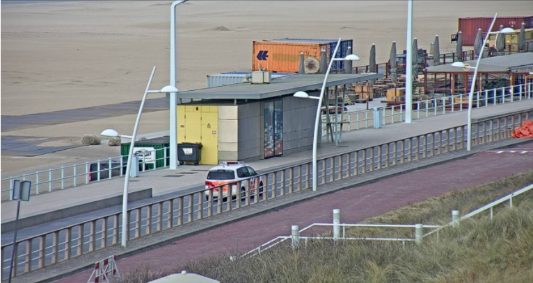 Politie zorgt voor handhaving en veiligheid aan de kust
