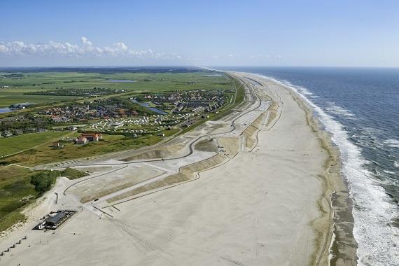 Zonnige Landelijke Kustdag op nieuw Nederland