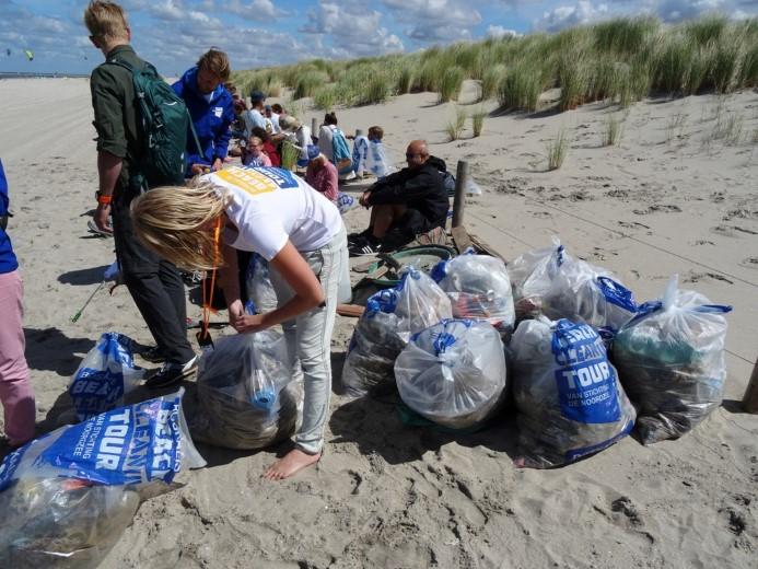 Resultaat beach clean-up in Ter Heijde