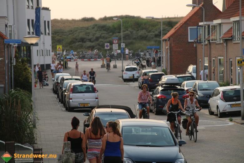 Nederlanders deze zomer vaker op vakantie in eigen land