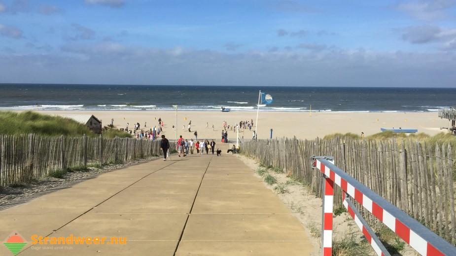 Stormachtig strandweer voor eerste herfstdag