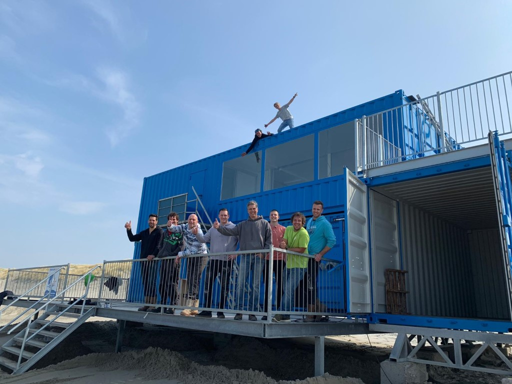 North Sea Surfing doneert aan Surfclub Wassenaar