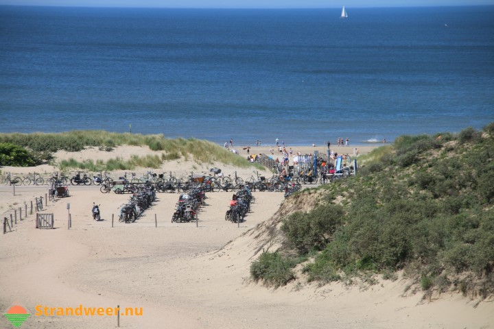 Fietsendieven actief bij het strand