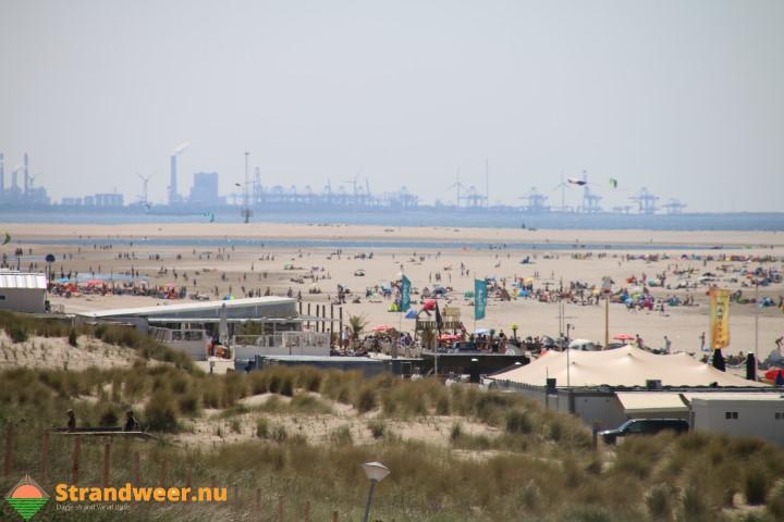 Werkzoekende jongeren aan de slag bij strandtenthouders