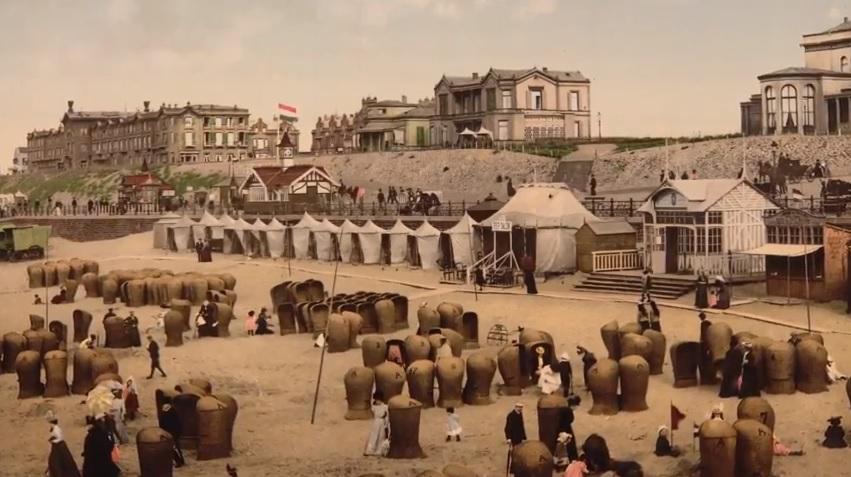 Badplaats Scheveningen bestaat 200 jaar