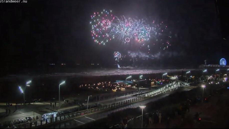 Duizenden kijkers voor vuurwerkfestival in Scheveningen