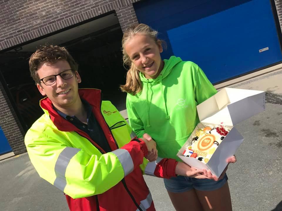 Jonge vrijwilligster redt drenkeling