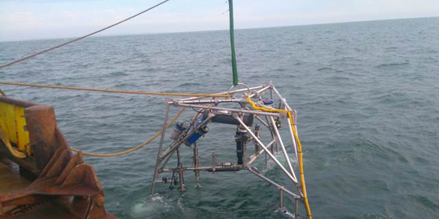 Zandstromen in Amelander Zeegat onderzocht
