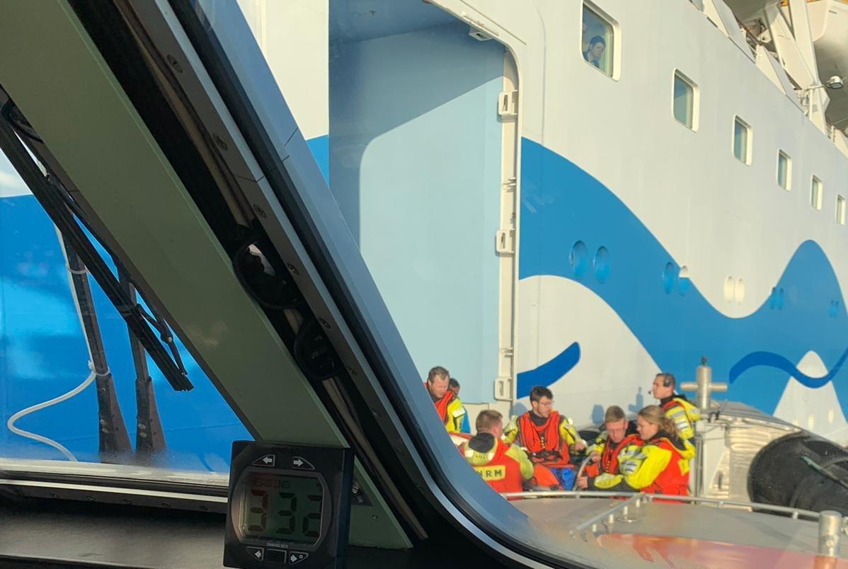 Medische evacuatie van Tholens visserschip