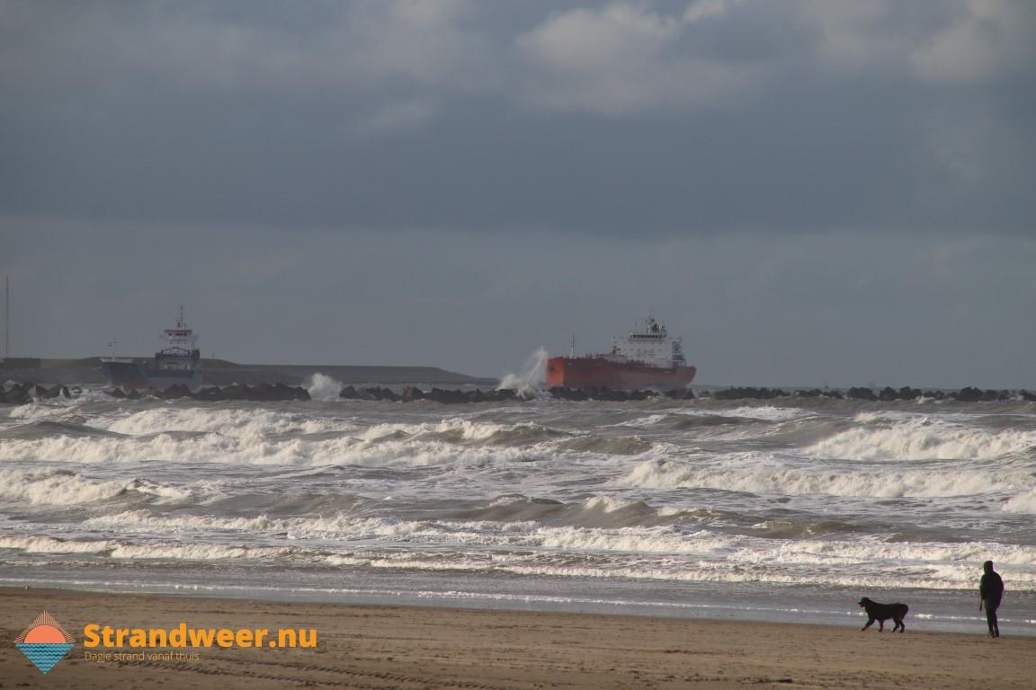 Onderzoek naar uitstoot zwavel- en stikstofdioxiden door zeeschepen