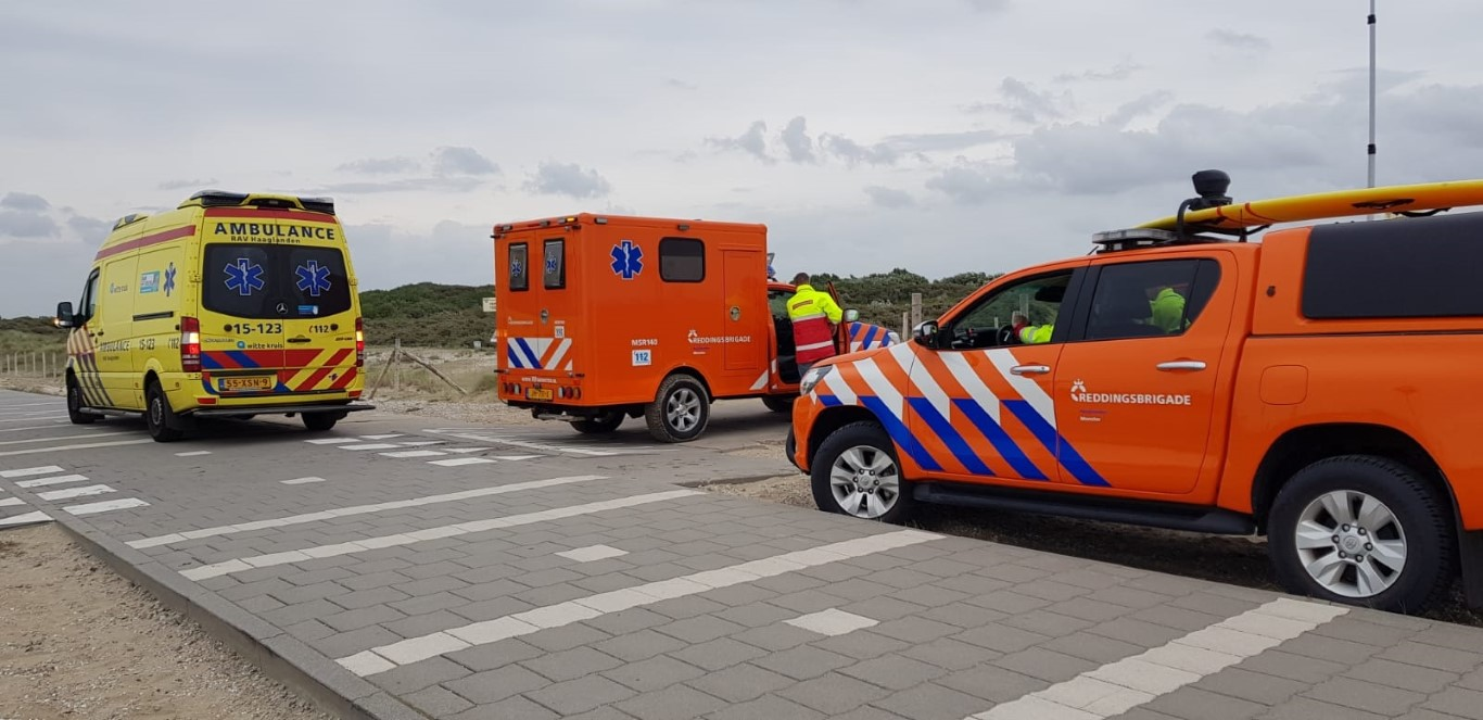 Kitesurfer gewond bij ongeluk Zandmotor