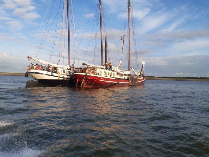 Gewonde bij aanvaring schepen op waddenzee