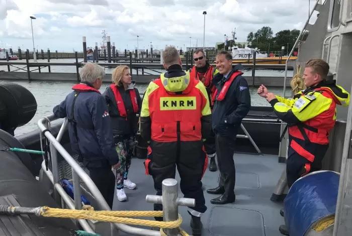 Minister bezoekt KNRM Hoek van Holland