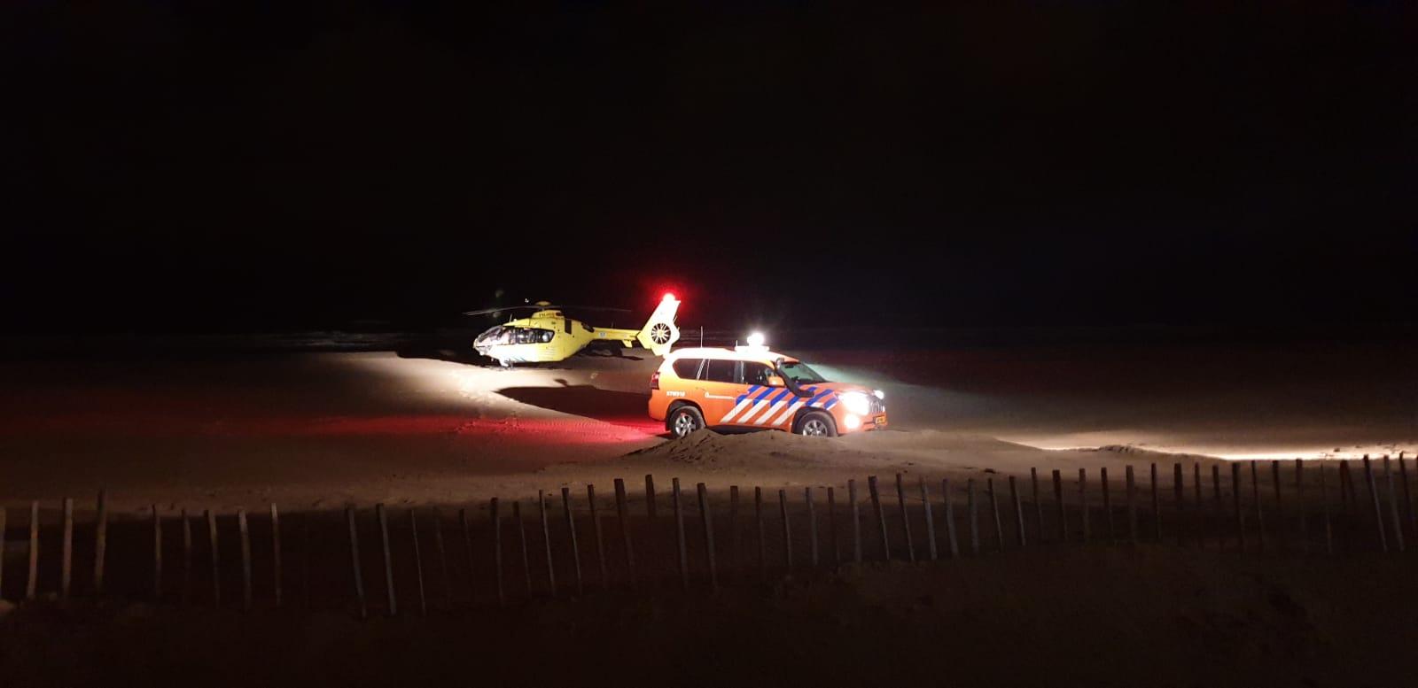 Nachtelijke inzet traumahelikopter bij Katwijk strand
