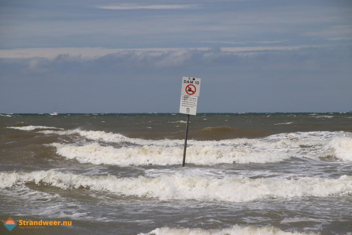 Nederlandse kust klaar voor storm
