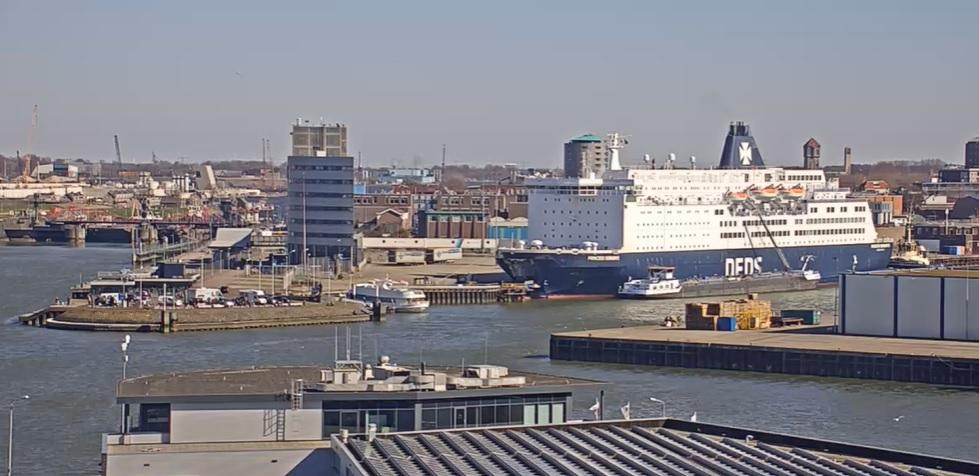 Vreemdelingen aangehouden in havens Vlissingen en IJmuiden