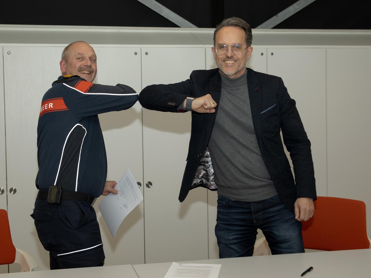Haagse ReddingsBrigade en VRH ondertekenen convenant
